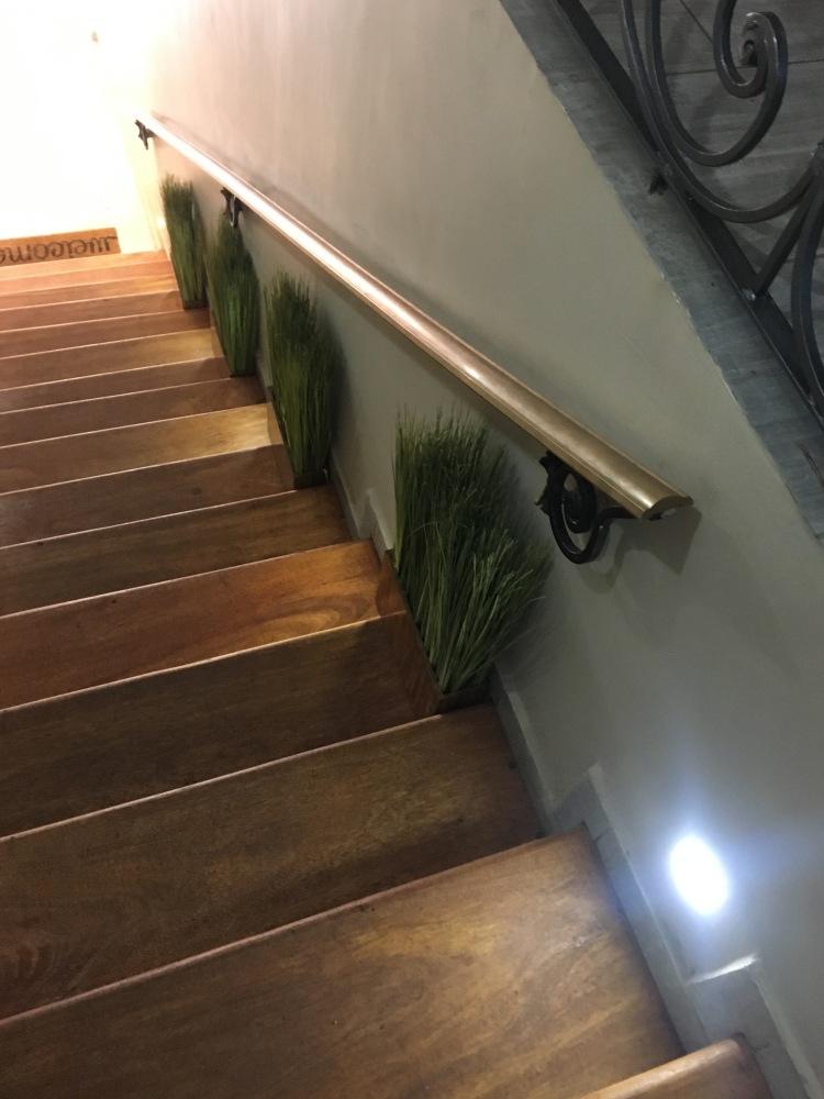 ci gusta escalier 1