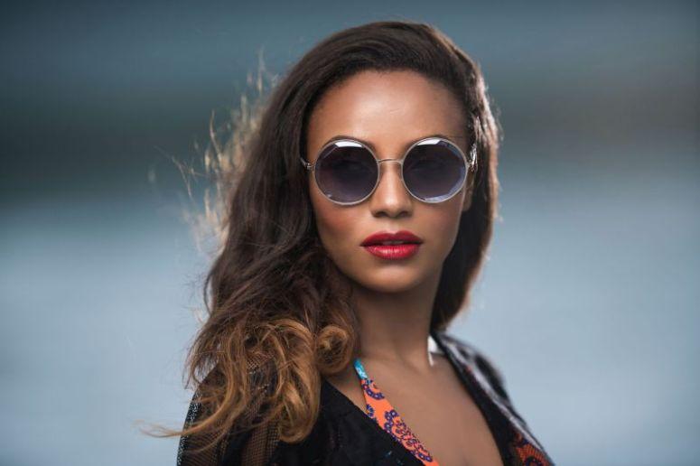 vanessa azar lunettes blogueuse